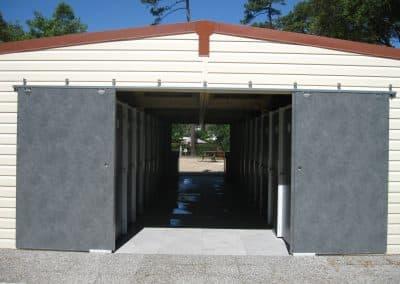 exterieur bloc sanitaire spécifique