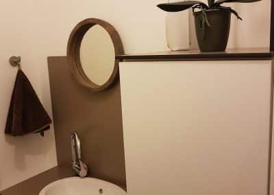 credence et meuble lave-main en panneau compact